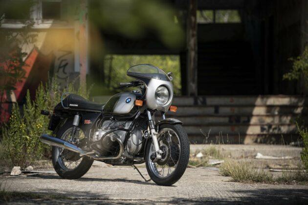 Classic rides: old vs new economy: BMW R90s 2